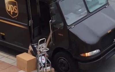 【動画】世界有数の運送会社がやってくれました。