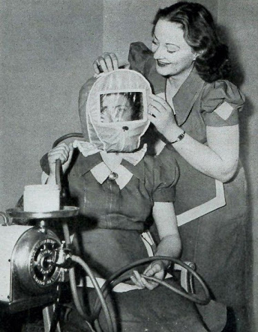 beauty_shops_at_the_beginning_of_the_20th_century_06