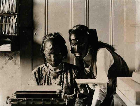 beauty_shops_at_the_beginning_of_the_20th_century_12