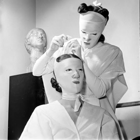 beauty_shops_at_the_beginning_of_the_20th_century_14