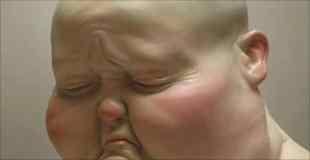 【画像】人と動物のハイブリット擬人化彫刻がキモイ