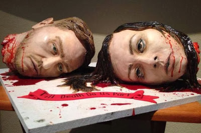 gruesome_wedding_cake_02