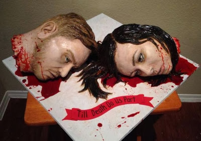 gruesome_wedding_cake_03