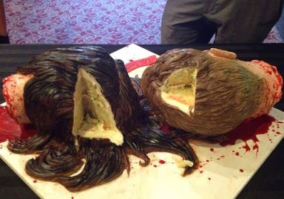 gruesome_wedding_cake_07