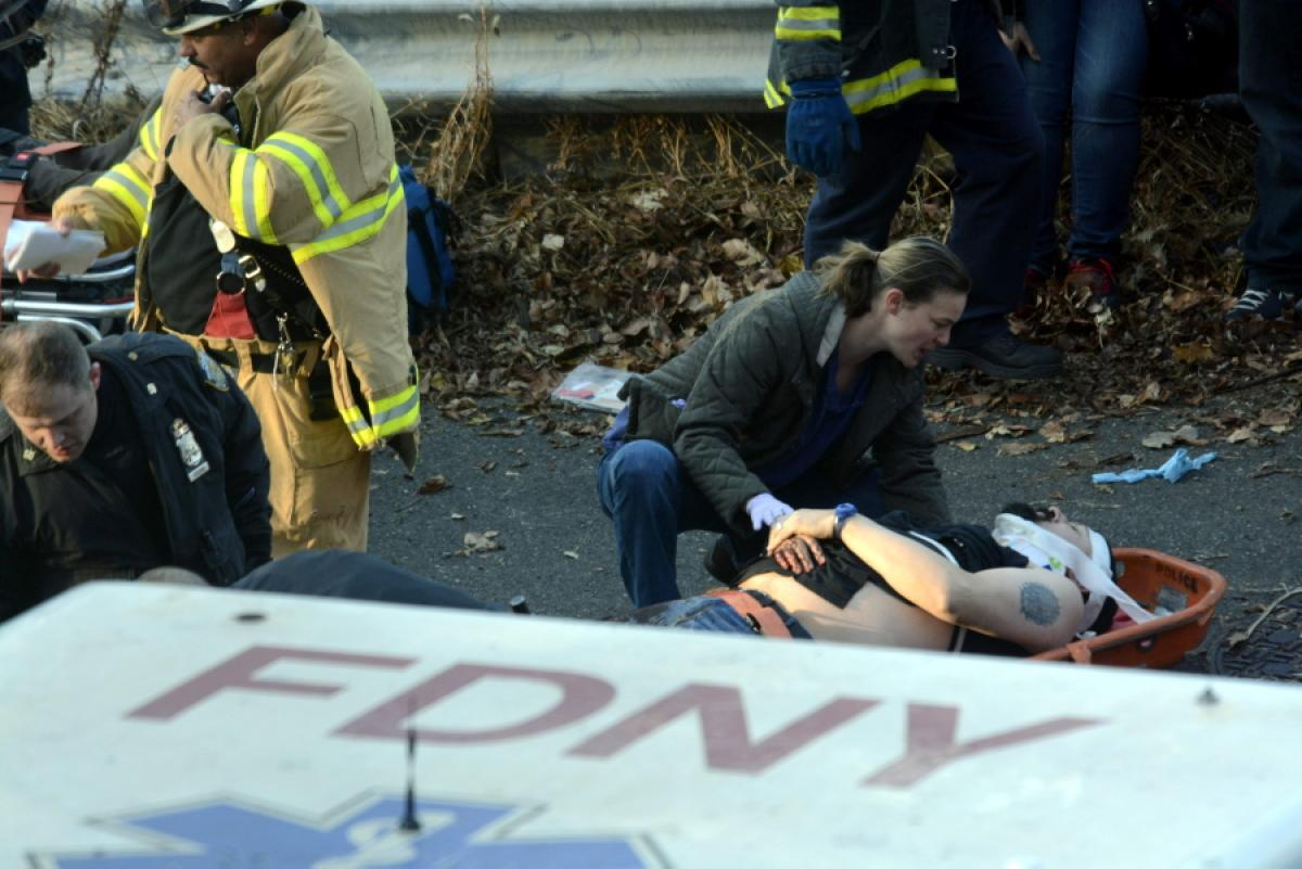 metro-north-train-derails-new-york-4-dead-63-injudfsfsred (1)