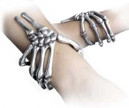 weird-bracelets-10_R