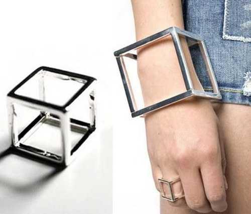 weird-bracelets-5_R