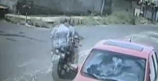 【動画】バイク同士の衝突。