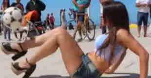 【動画】アルゼンチンの女性モデルのリフティングw