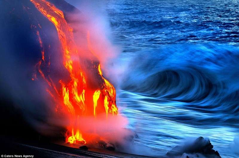 coolest-volcano-eruptions-hawaii_R