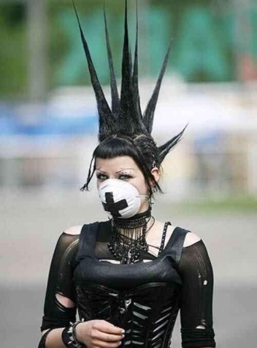 extreme_gothic_girls-1_R