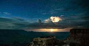 【画像】グランドキャニオンで撮影されたイナズマがマジでギガデイン
