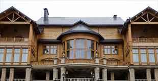 【画像】ウクライナのヤヌコビッチ大統領の豪邸が公開
