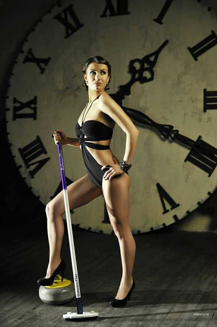 Sexy-Anna-Sidorova-Russian-Curling-Sochi-Pics-13_R
