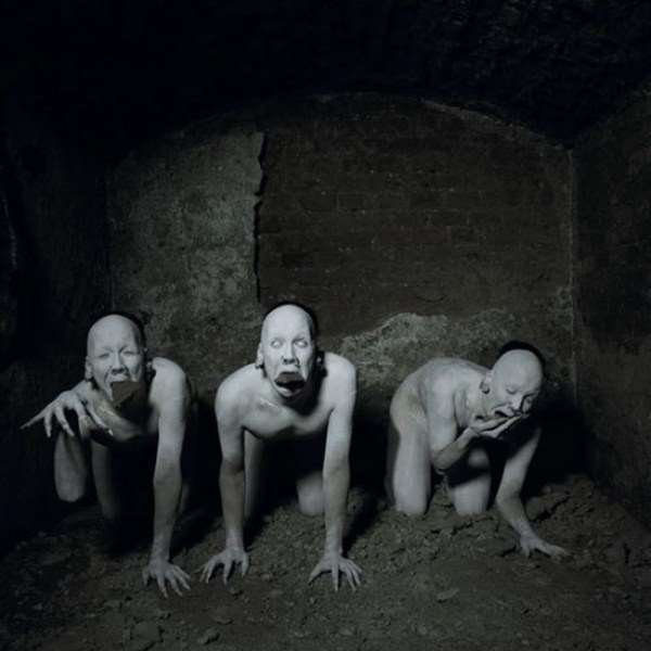 creepy-bizarre-images-28