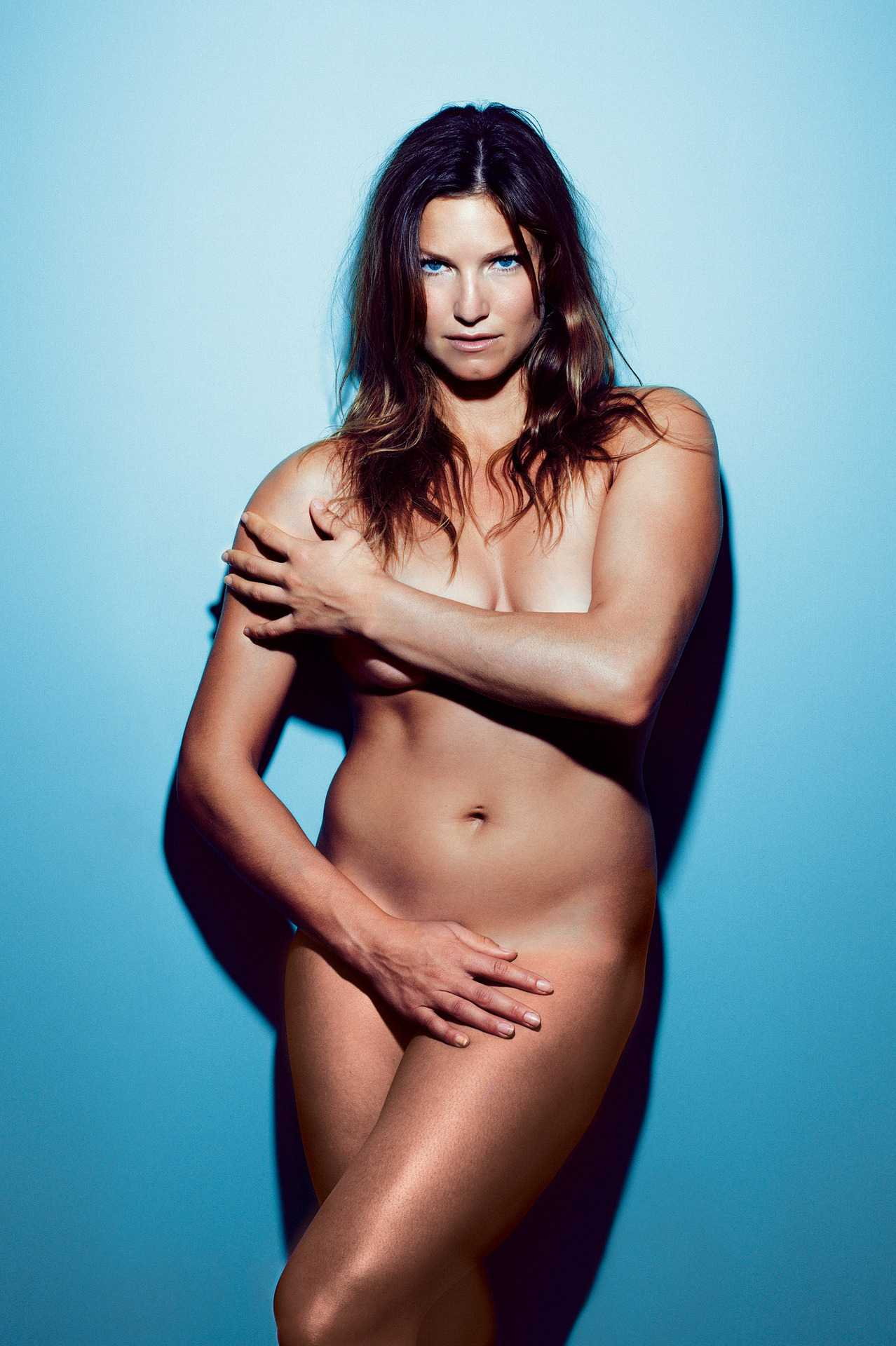 julia-mancuso-olypics-sexy-pics-1_R