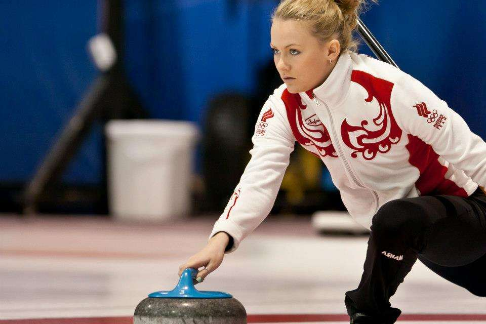 russia-womens-olympic-curling-team-pics-Alexandra-Saitova-17