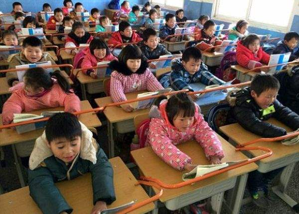 1393422614_chinese_classrooms_04