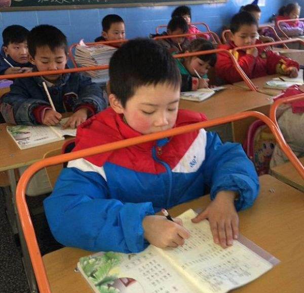 1393422662_chinese_classrooms_02