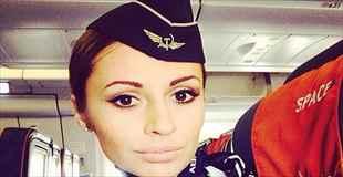 【画像】今、ロシアで一番人気の美人キャビンアテンダント達