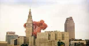 【画像】150万個のバルーンを一気に放った光景がすごい