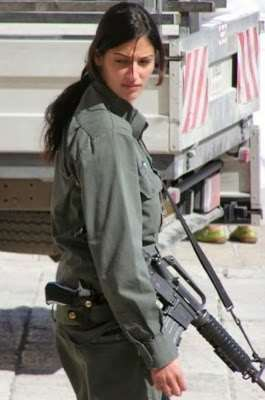 girls_of_israel_army_forces_02