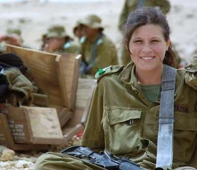 girls_of_israel_army_forces_04