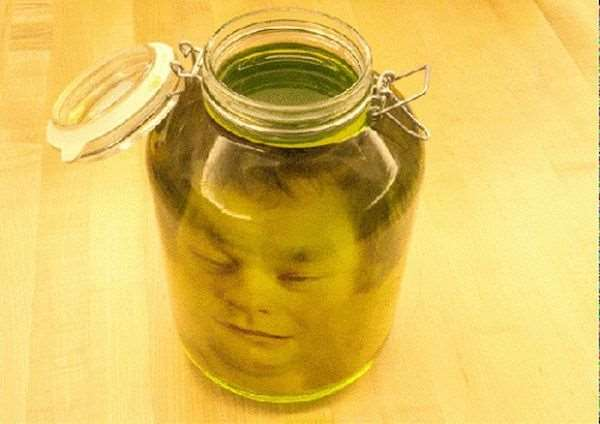 1395360417_head_jar_prank_04