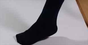 【画像】中国で靴下買ったから履いてみたんだけど