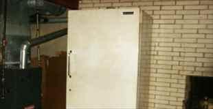 【画像】5年間封印してた冷蔵庫開けてみましたよー