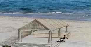 【画像】砂浜に描かれたすごすぎる3Dアート