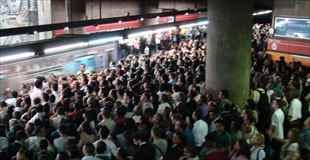 【画像】ブラジルサンパウロの地下鉄の込み方が半端ない