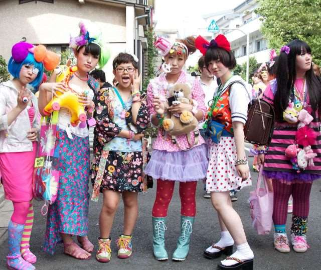 bizarre_fashion_trends_of_the_japanese_youth_640_03
