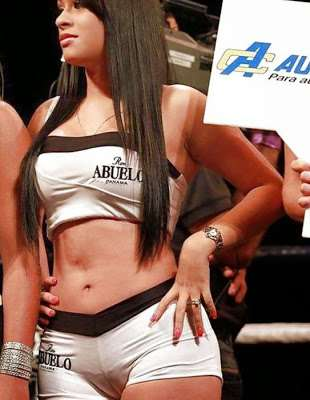 carshow_babes_20
