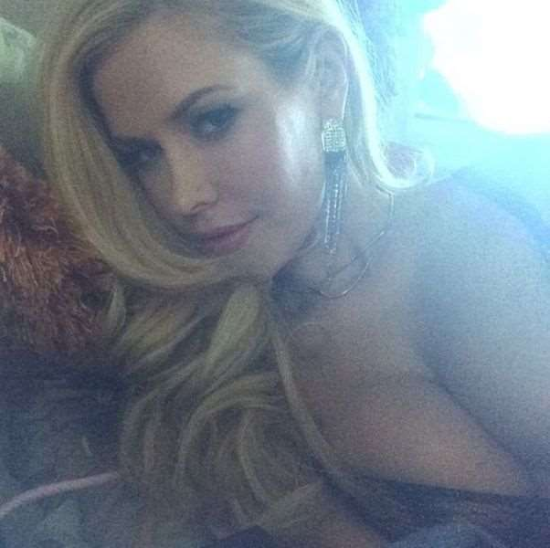 this_blonde_bombshell_is_2014s_playmate_of_the_year_640_10