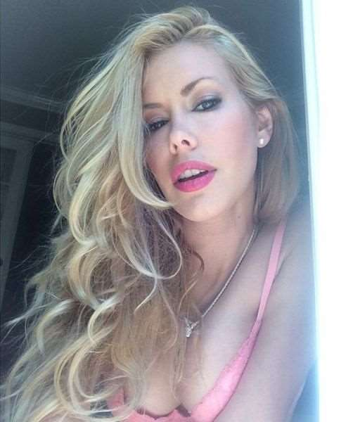 this_blonde_bombshell_is_2014s_playmate_of_the_year_640_19