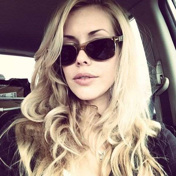 this_blonde_bombshell_is_2014s_playmate_of_the_year_640_23