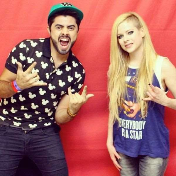 what_meeting_avril_lavigne_is_like_compared_to_meeting_other_top_musicians_640_25