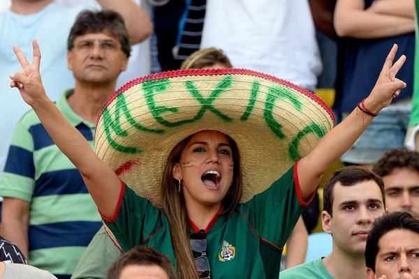 11-mexico-3-hottest-fans-2014-fifa-world-cup