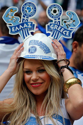 13-greece-1-hottest-fans-2014-fifa-world-cup