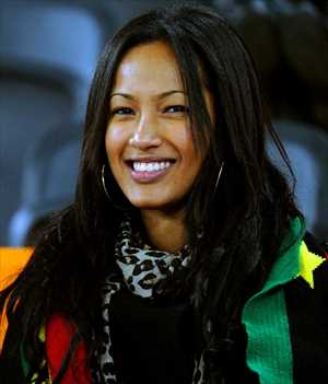 16-ghana-3-hottest-fans-2014-fifa-world-cup_R