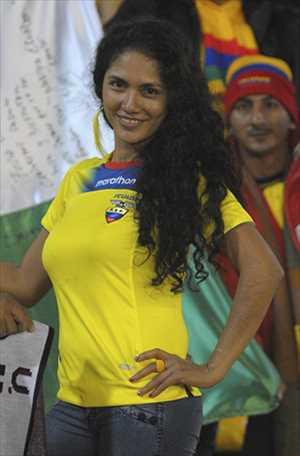 17-ecuador-3-hottest-fans-2014-fifa-world-cup_R