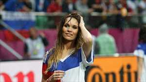 20-france-1-hottest-fans-2014-fifa-world-cup_R