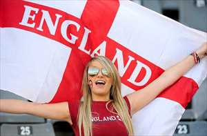 22-england-3-hottest-fans-2014-fifa-world-cup_R