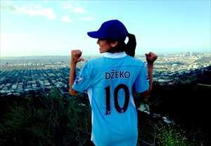 24-bosnia-3-Dzeko-gf-Amra-Silajdzic-hottest-fans-2014-fifa-world-cup_R