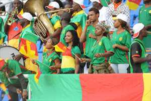 27-cameroon-1-hottest-fans-2014-fifa-world-cup_R