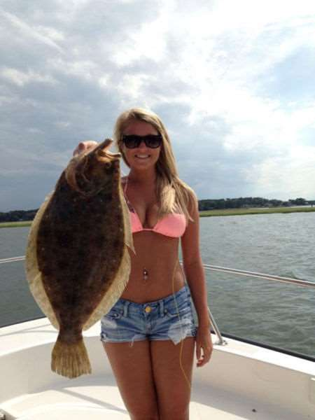a_little_bit_of_fishing_fun_with_girls_640_20