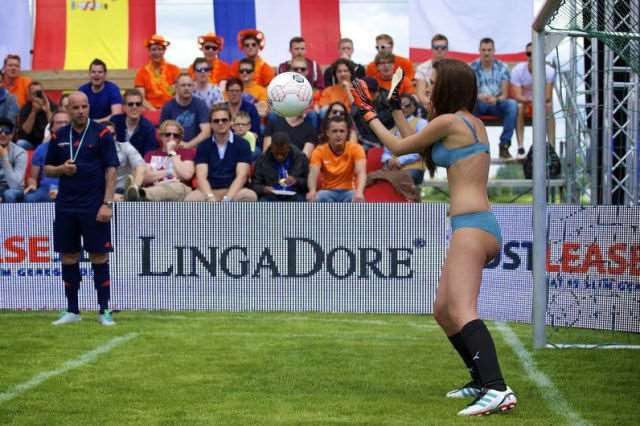 the_world_cup_of_lingerie_is_a_mustsee_event_640_08