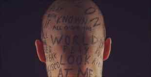 【画像】有名になりたい!ということでタトゥーを入れまくった男