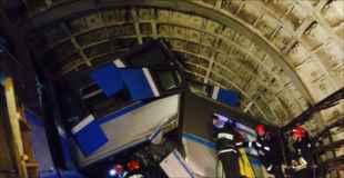 【画像】モスクワ地下鉄脱線事故の現場写真